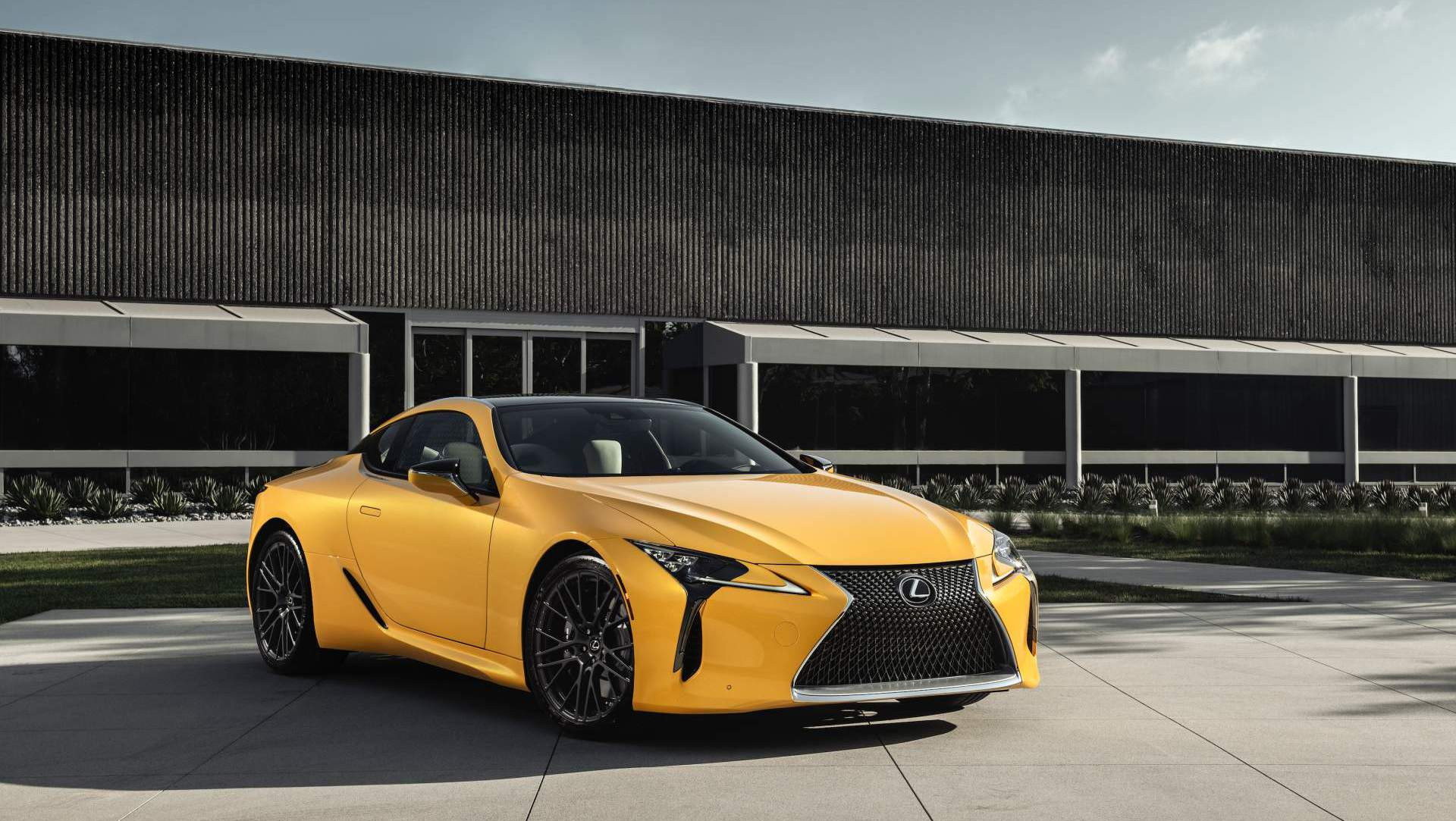 Wine Equipped 2019 Es Custom Concept Headlines Lexus Sema Show