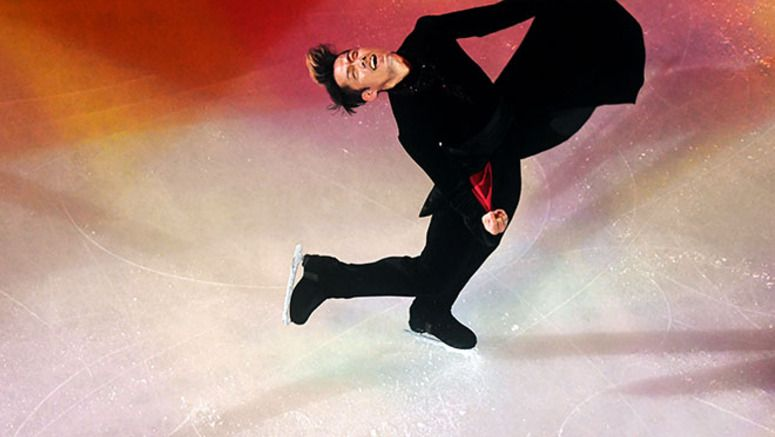 FIGURE SKATING/ Takahashi returns in style, wows crowd at gala exhibition