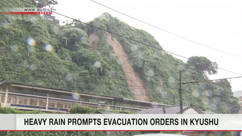 Early evacuations urged amid downpours