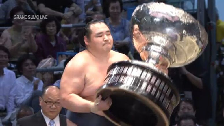 Kakuryu wins 6th sumo title in Nagoya