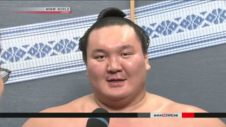 Yokozuna Hakuho obtains Japanese citizenship
