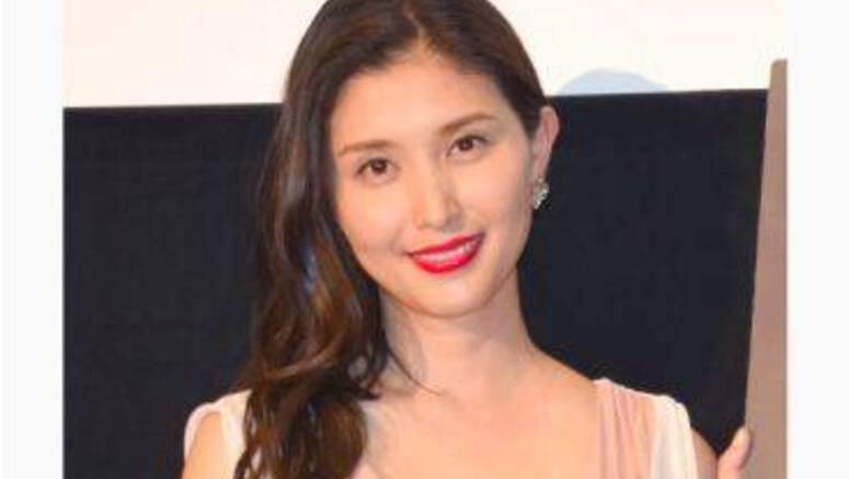 Actress Hashimoto Manami marries a physician