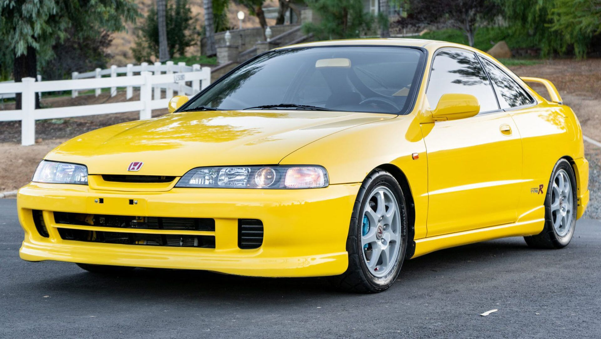 This 2001 Acura Integra Type R Ticks All The Right Boxes Auto Moto Japan Bullet
