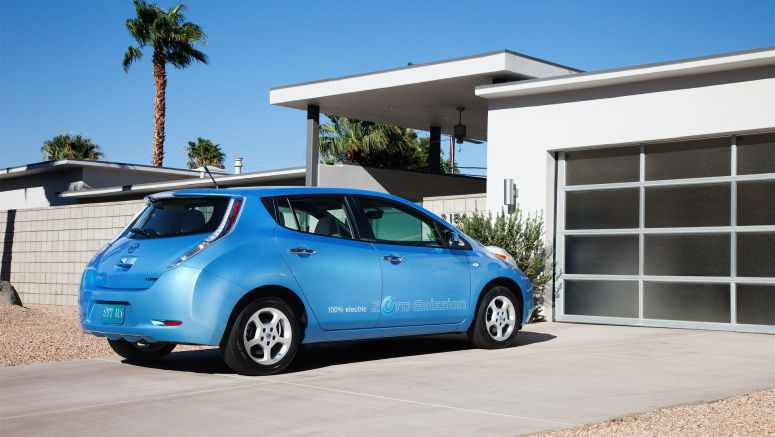 Nissan Leaf Becomes First Electric Car Available For Order in All US Markets