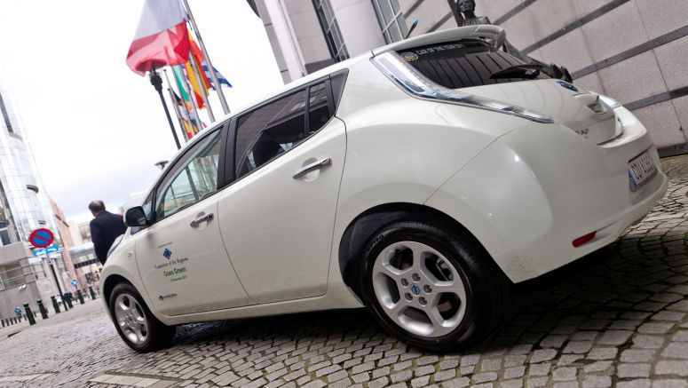 Nissan will expand Leaf dealer network in Europe tenfold this year