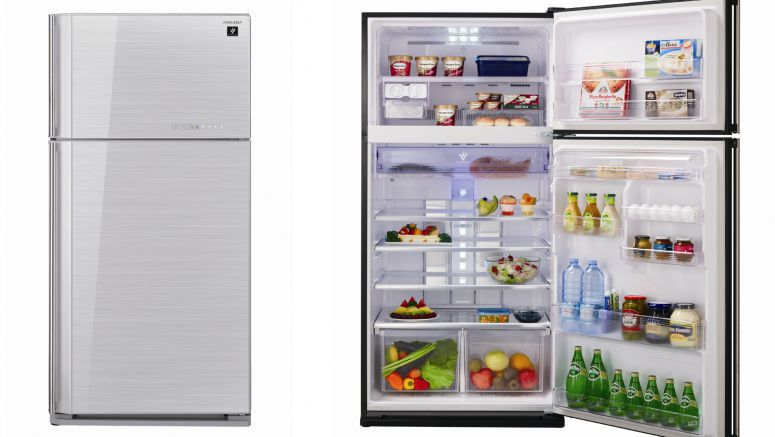 Exceptionally spacious: New Sharp refrigerators with satisfyingly large capacity in both refrigerating and freezer compartment