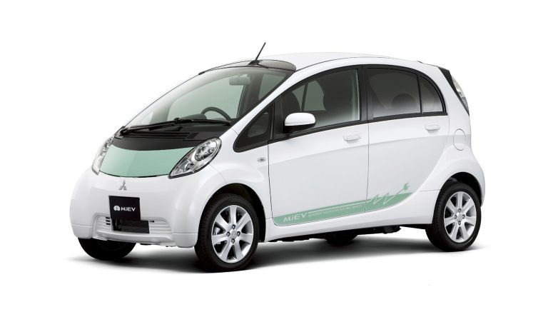 Mitsubishi ships first fleet EVs to Google and IGO car-sharing service