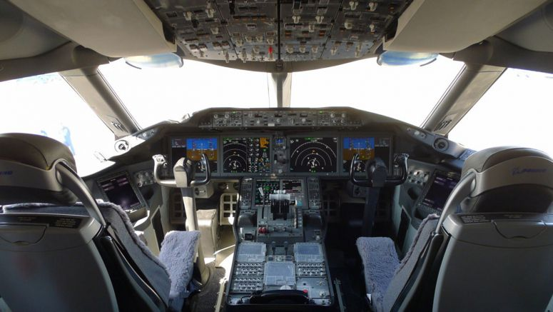 Sharp LCDs Installed in Boeing 787 Dreamliner Flight Decks