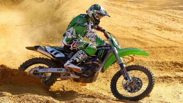 Kawasaki Pourcel and Teillet new leaders in France