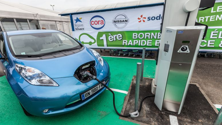 Nissan Brings 30 Minute Charging To Electric Vehicle Owners In Holland And France