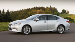 Lexus All-New 2013 ES 350 and First-Ever ES 300h Hybrid