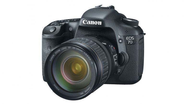 Canon EOS 7D Marked As Discontinued On Amazon