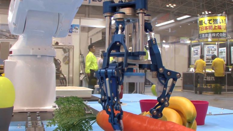 Robot Hand Uses One Actuator to Provide Gripping Action
