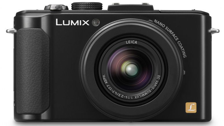 Panasonic LX8 Compact Camera with 4K to Come With Same Sensor as FZ1000