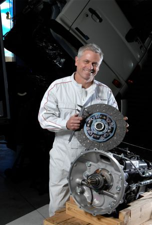 Hino Genuine Clutch Kit Promotion Keeps Hinos Shifting Smoothly