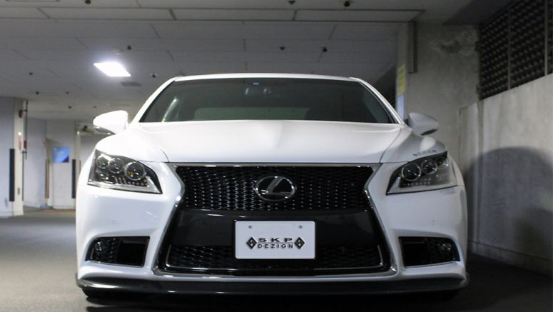 2013 Lexus LS F SPORT Body Kit Skipper Design