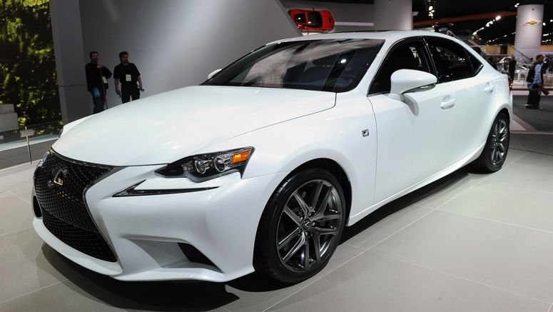 2013 Detroit : 2014 Lexus IS