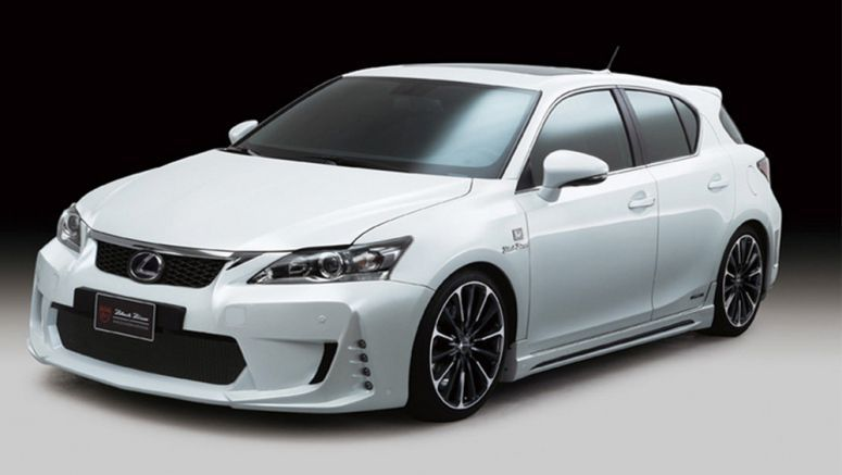 Lexus CT 200h Wald International Body Kit