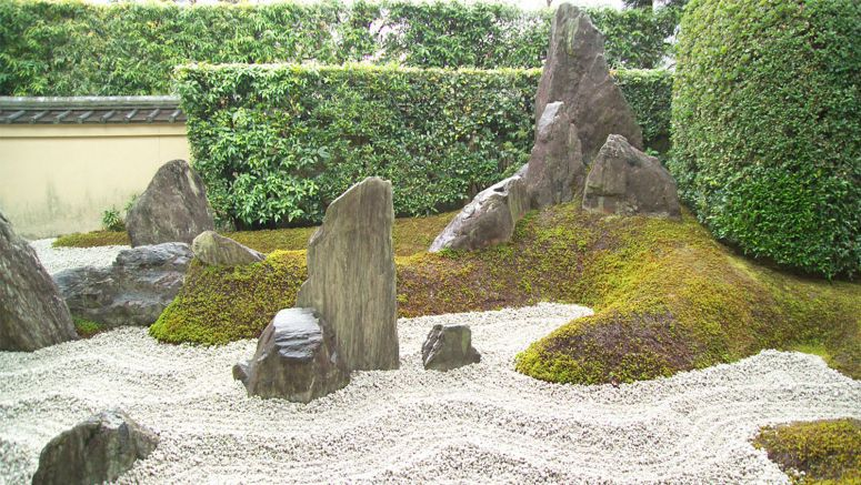 Rocks and sand in Japanese gardens