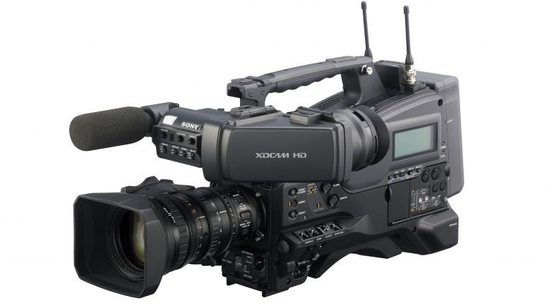 Sony Expands XDCAM HD 4:2:2 Line With PMW-400 Shoulder Camcorder