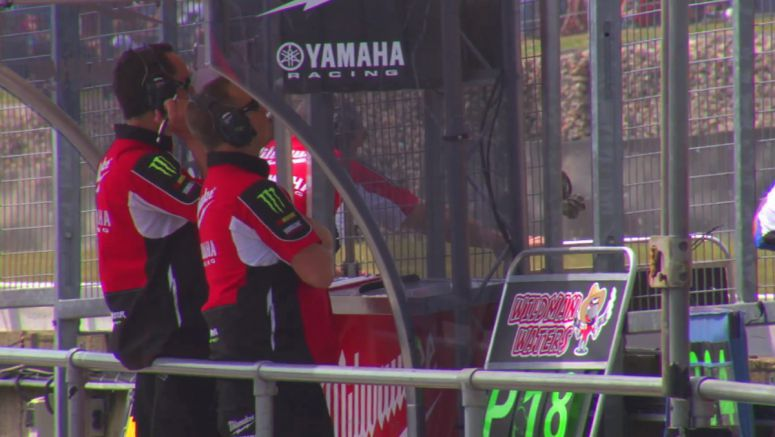 VIDEO : Brands Hatch GP raceday with Milwaukee Yamaha