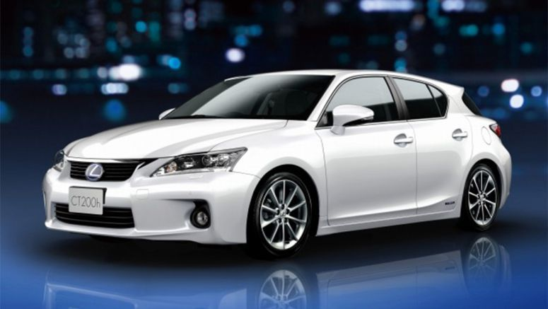 Lexus CT200h with Spindle Grille Update Leaked Online