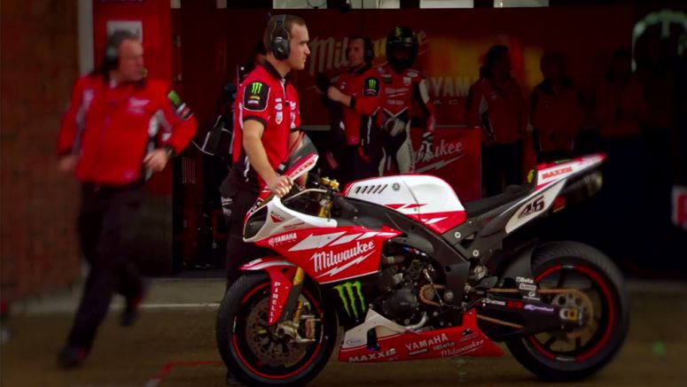 VIDEO : Milwaukee Yamaha at the Brands Hatch season finale 2013