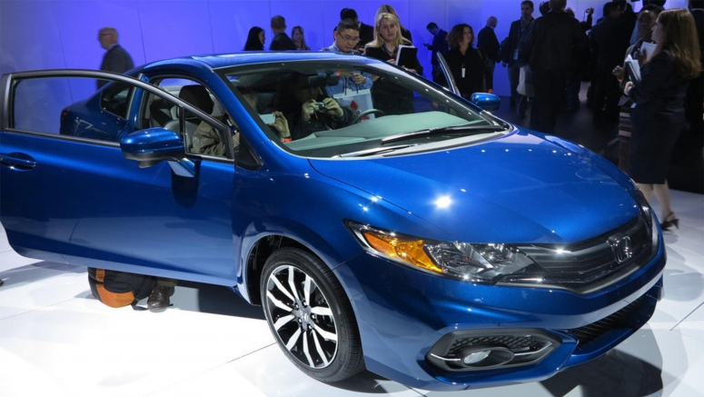 2013 Los Angeles Show : 2014 Honda Civic Adds a CVT to Bump MPG
