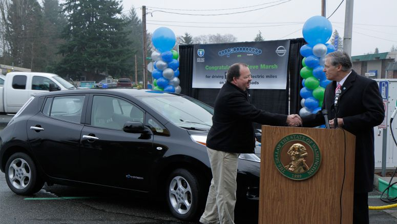 Washington Nissan Leaf Owner Celebrates 100,000 All-Electric Miles