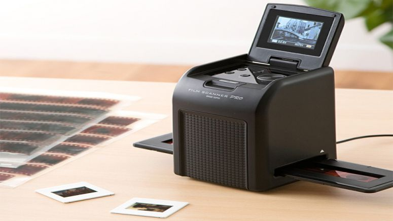 Sanwa 400-SNC024 film scanner with built in LCD monitor