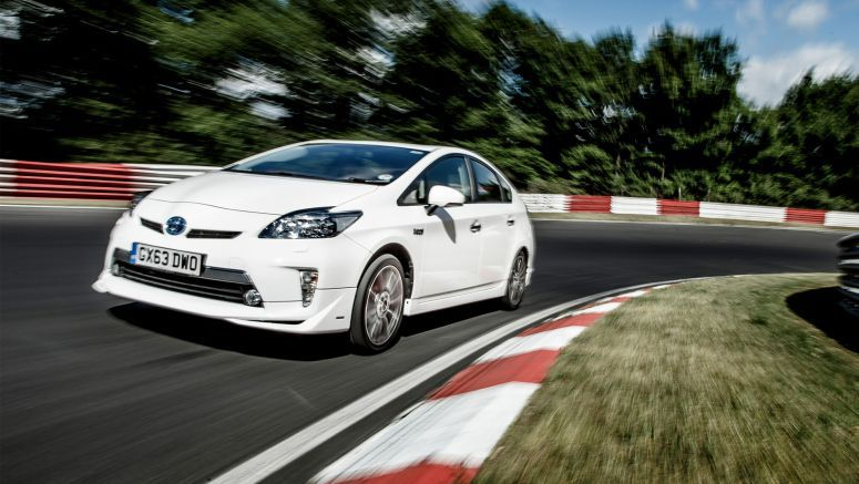 Toyota : Nurburgring and Prius Plug-in: charged for assault