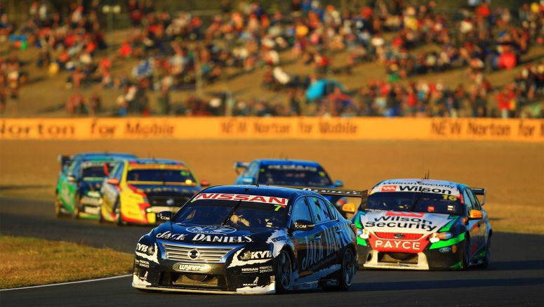 Nissan Altima V8 Supercar roundup: Pole position and late podium lunge for Moffat