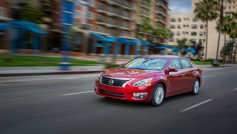 "2015 Nissan Altima, Frontier and Pathfinder named ""Most Popular"" on Edmunds.com"