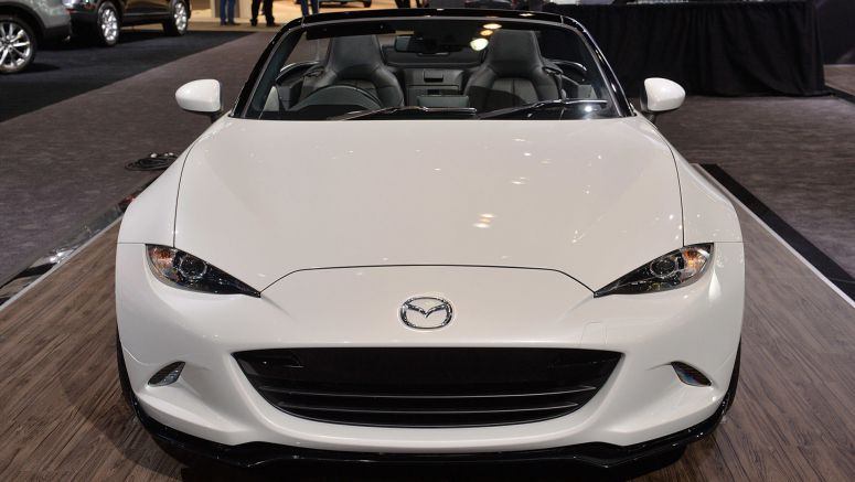 2015 Chicago Auto Show : Mazda specs new MX-5 Miata with accessories