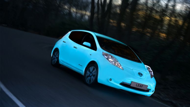 Nissan Becomes First Car Maker to Glow In The Dark Using UV Energy