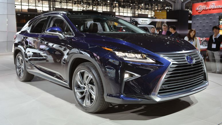 2015 New York Auto Show : 2016 Lexus RX Photo Update