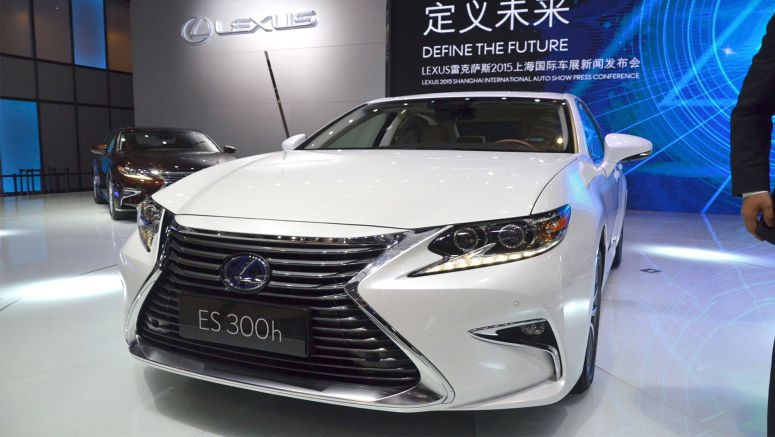 Certain Lexus RX 350 & ES 350 Models Recalled for Braking Issue