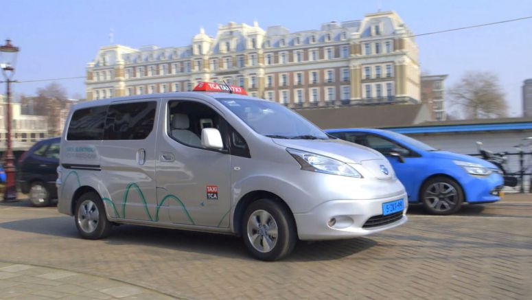Nissan : Hail the Electric: Amsterdam's EV Taxis
