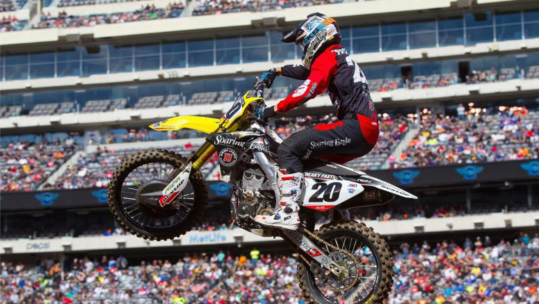 Suzuki : Spectacular 6th For Tickle At Metlife Stadium SX