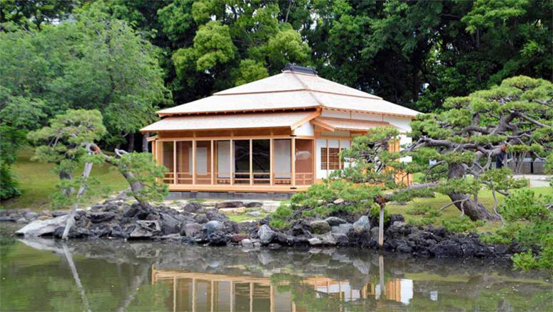 Feudal guest house that served the shogun restored in central Tokyo park