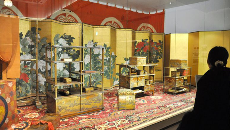 Wedding trousseau of Edo Period princess in plain view
