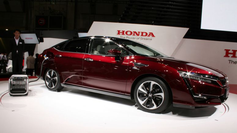 2015 Tokyo Motor Show : Honda Clarity Fuel Cell Vehicle