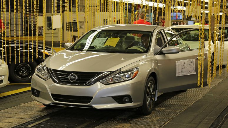 New 2016 Nissan Altima production begins in Smyrna
