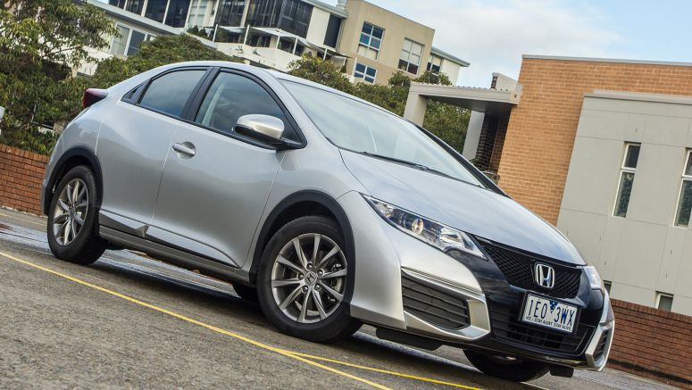 2015 Honda Civic hatch recalled because owners manual