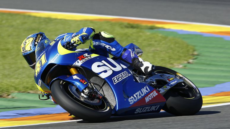 Suzuki MotoGP : Vinales And Espargaro Outstanding On Second Test Day Valencia 2015