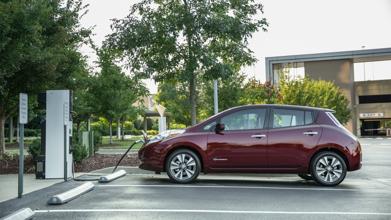 "Nissan's ""No Charge to Charge"" program arrives in the Twin Cities"