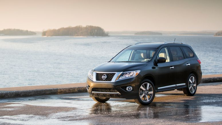 "Nissan Pathfinder named one of the ""16 Best Family Cars of 2016"" by Kelley Blue Book's KBB.com"
