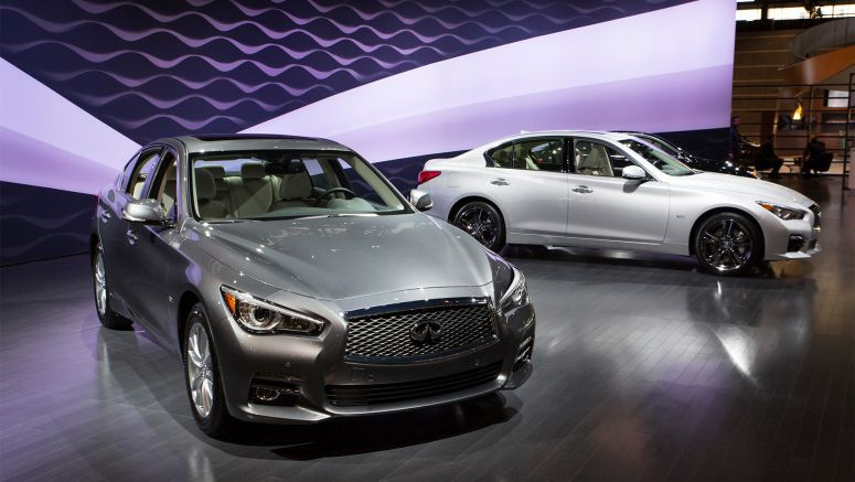 Infiniti presents three new Q50 sports sedan engines for the first time at the 2016 Chicago Auto Show