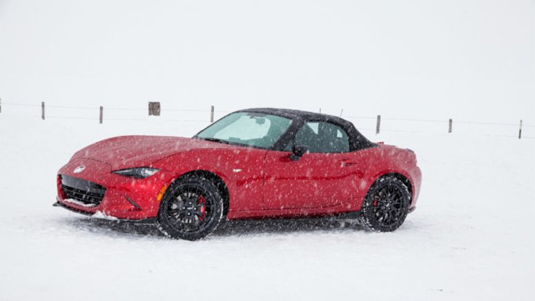 2016 Mazda MX-5 Miata Named Best Sports Car for the Money by US News & World Report