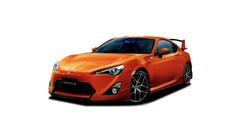 Toyota GT 86 Comes With A Choice Of Aero Kits In Japan